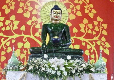 Jade Buddha on World Tour